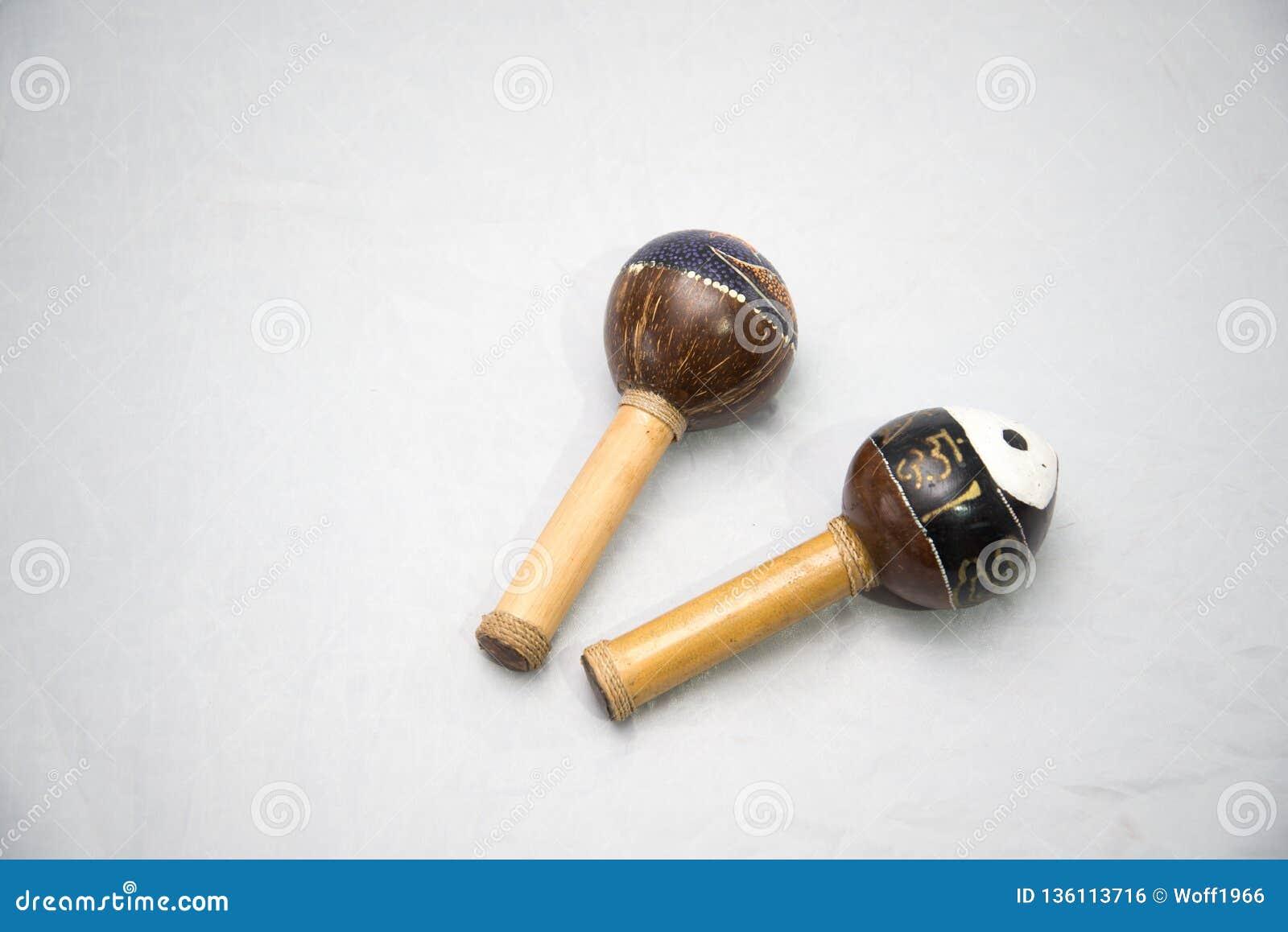 Traditionelles Musikinstrument hergestellt von den natürlichen Materialien