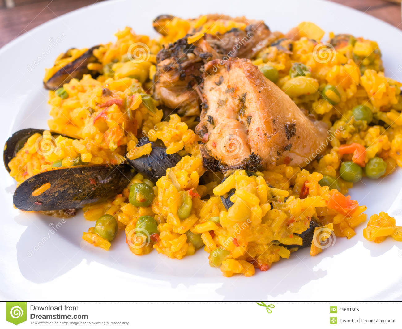 Traditionnal spanish food paella stock image image of for Cuisine in spanish