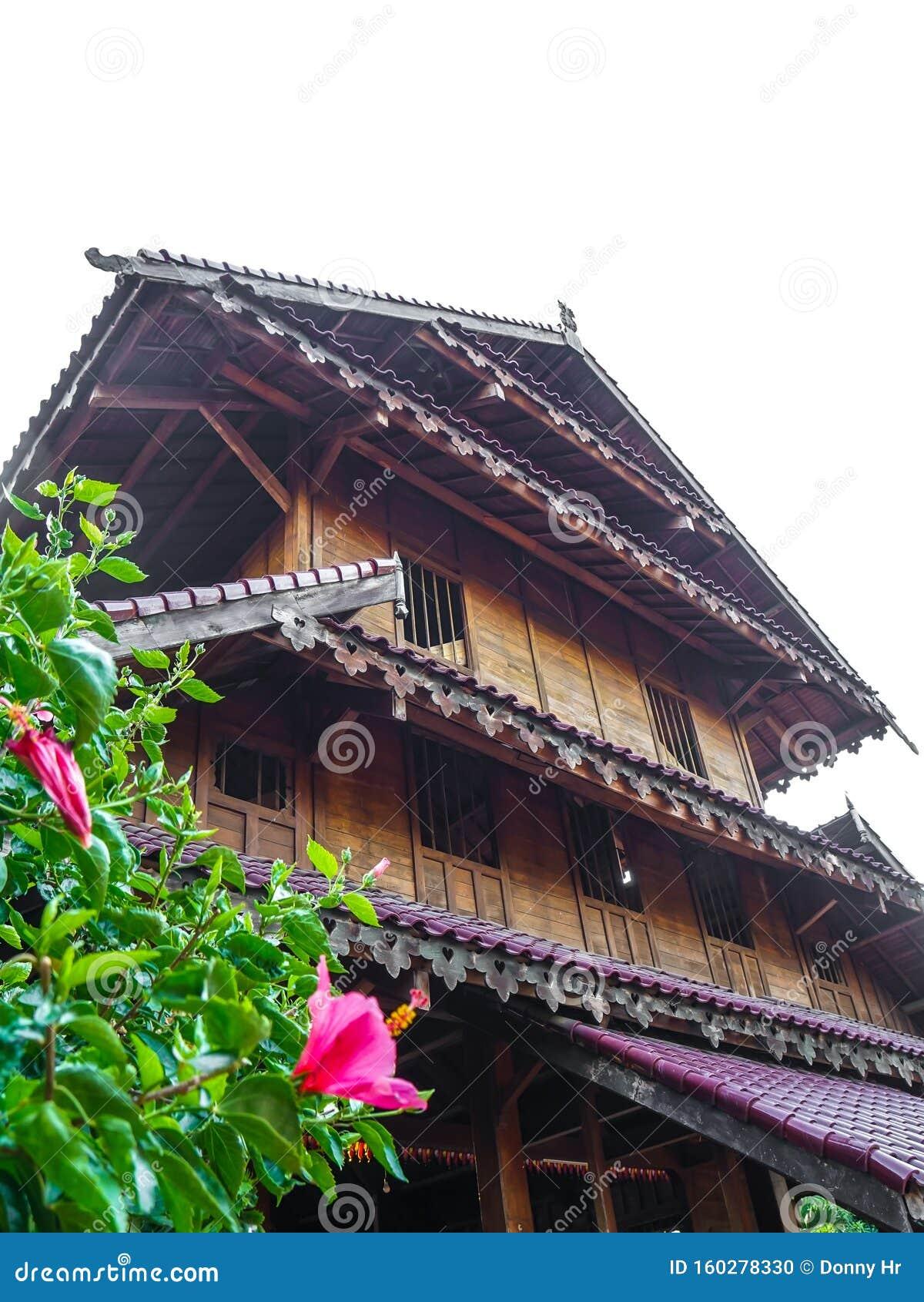 tradycyjny dom banua tada rumah adat buton sulawesi tenggara suku 160278330