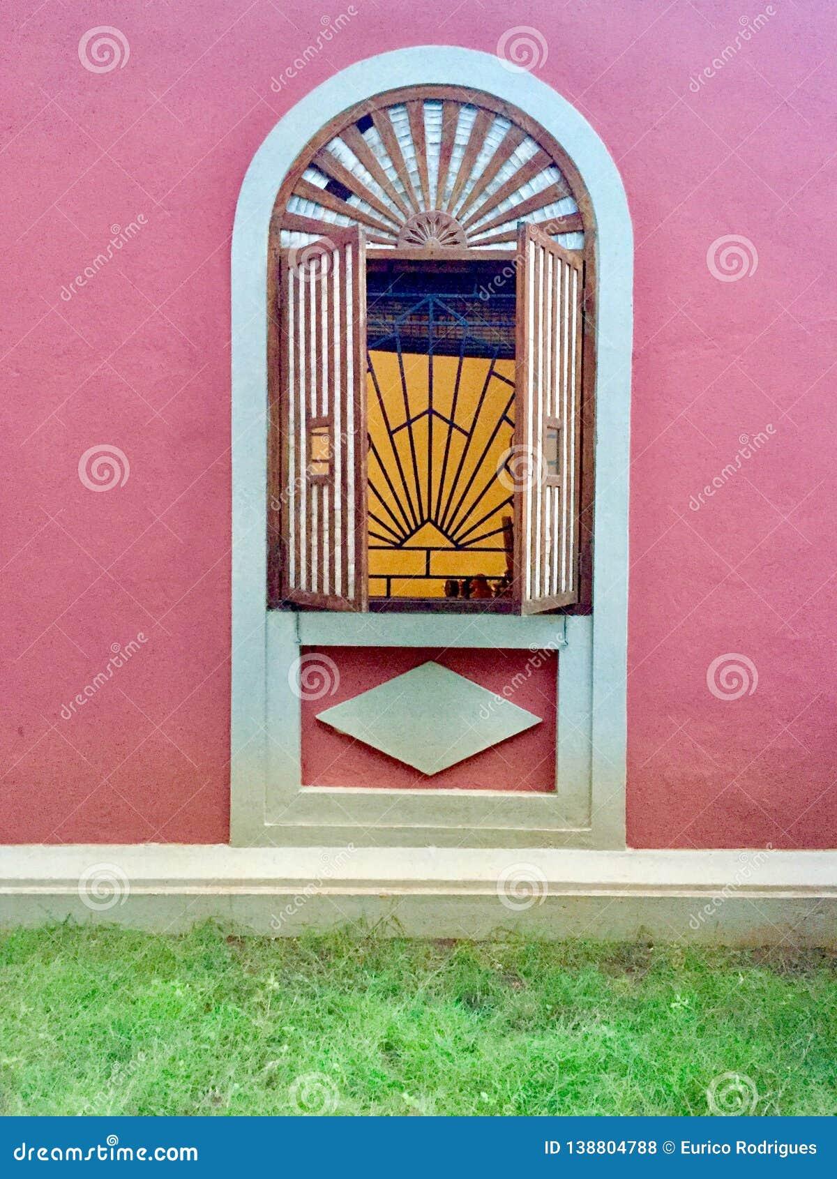 Tradycyjny okno w Goa India