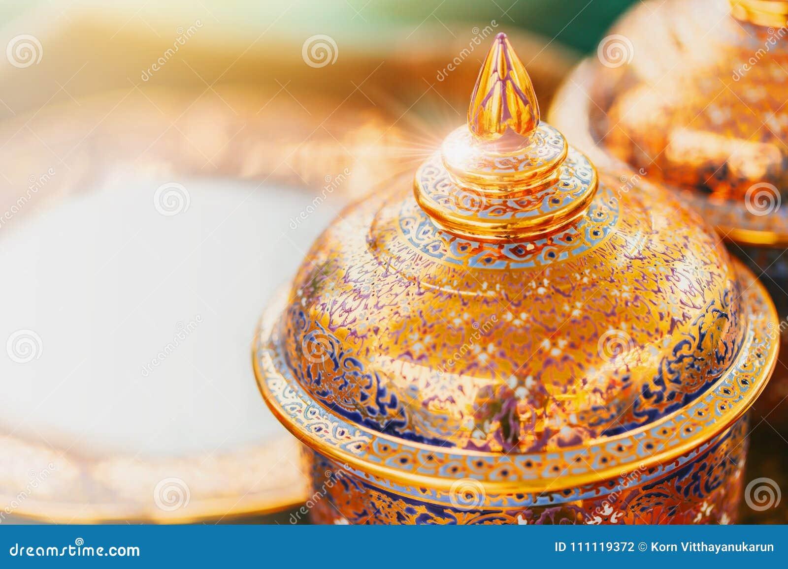 Tradycyjny Piękny Tajlandzki sztuka puchar Benjarong
