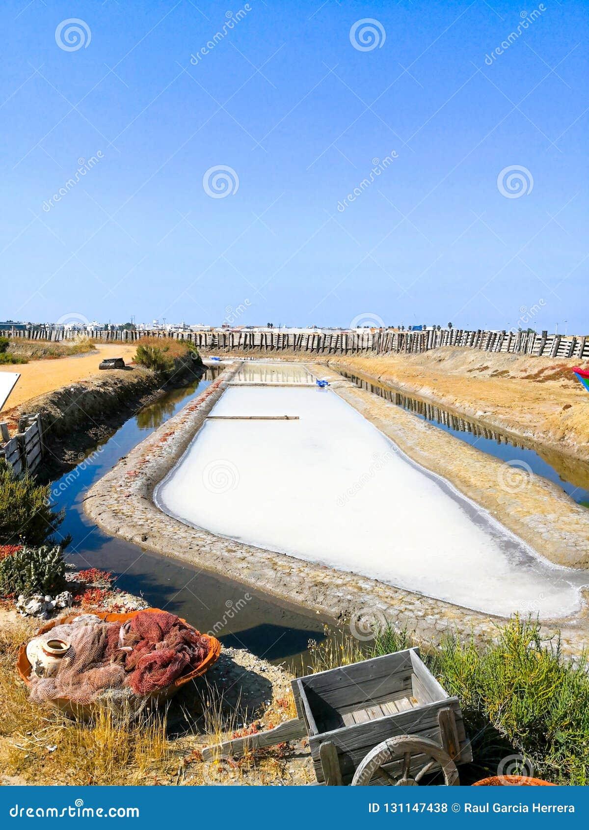 Tradycyjny saltworks Isla Cristina, Huelva, Hiszpania Deponuje cedziny, kanały i borowinowych mieszkania, Południowy Andalusia sa