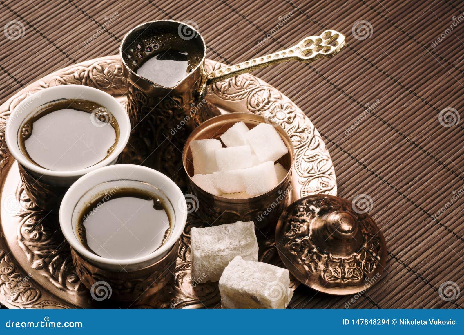 Tradycyjny tureckiej kawy set