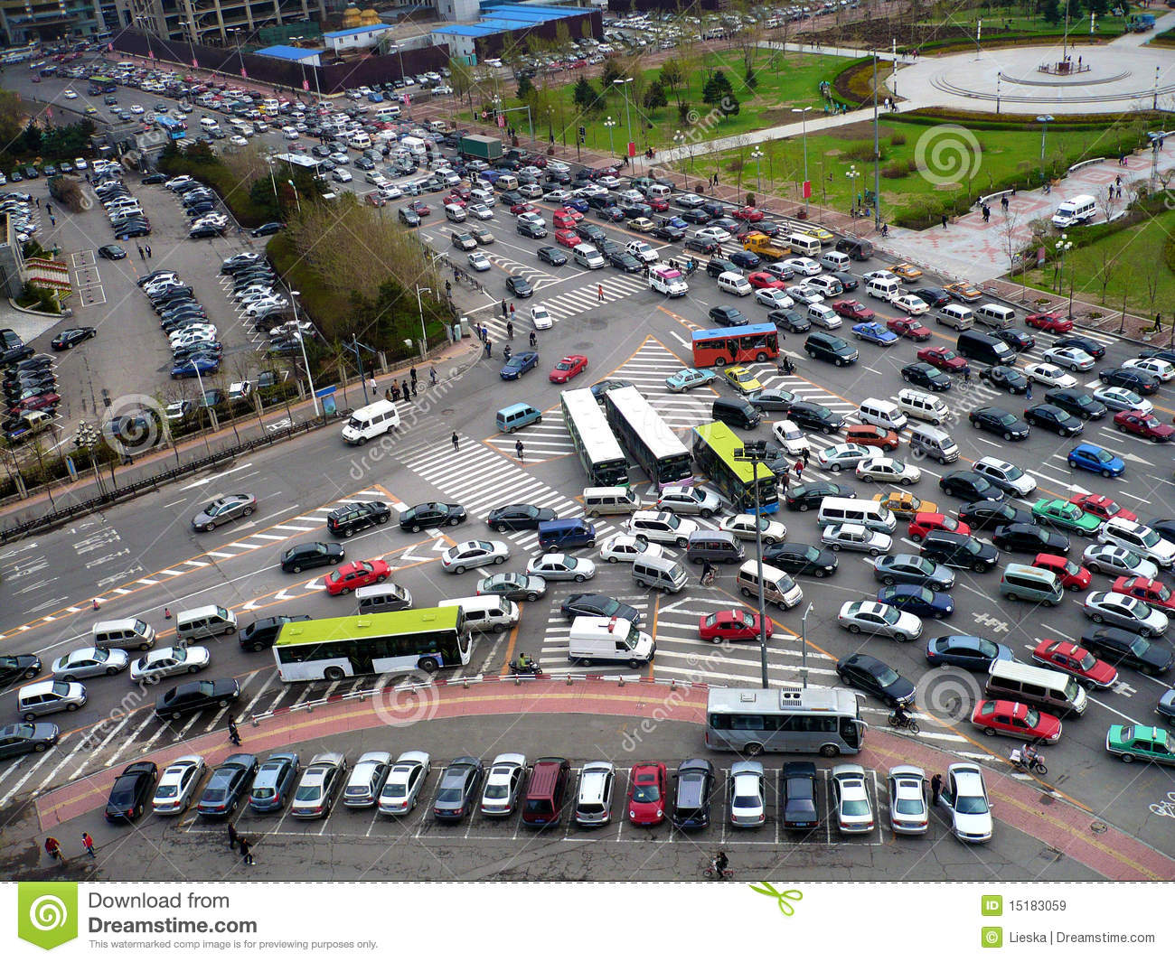 https://thumbs.dreamstime.com/z/traffic-jam-15183059.jpg