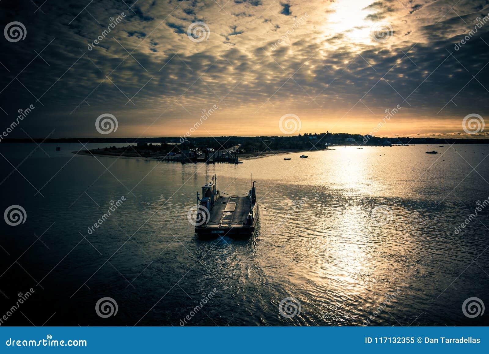 Traghetto del fiume alla vigna di Martha's