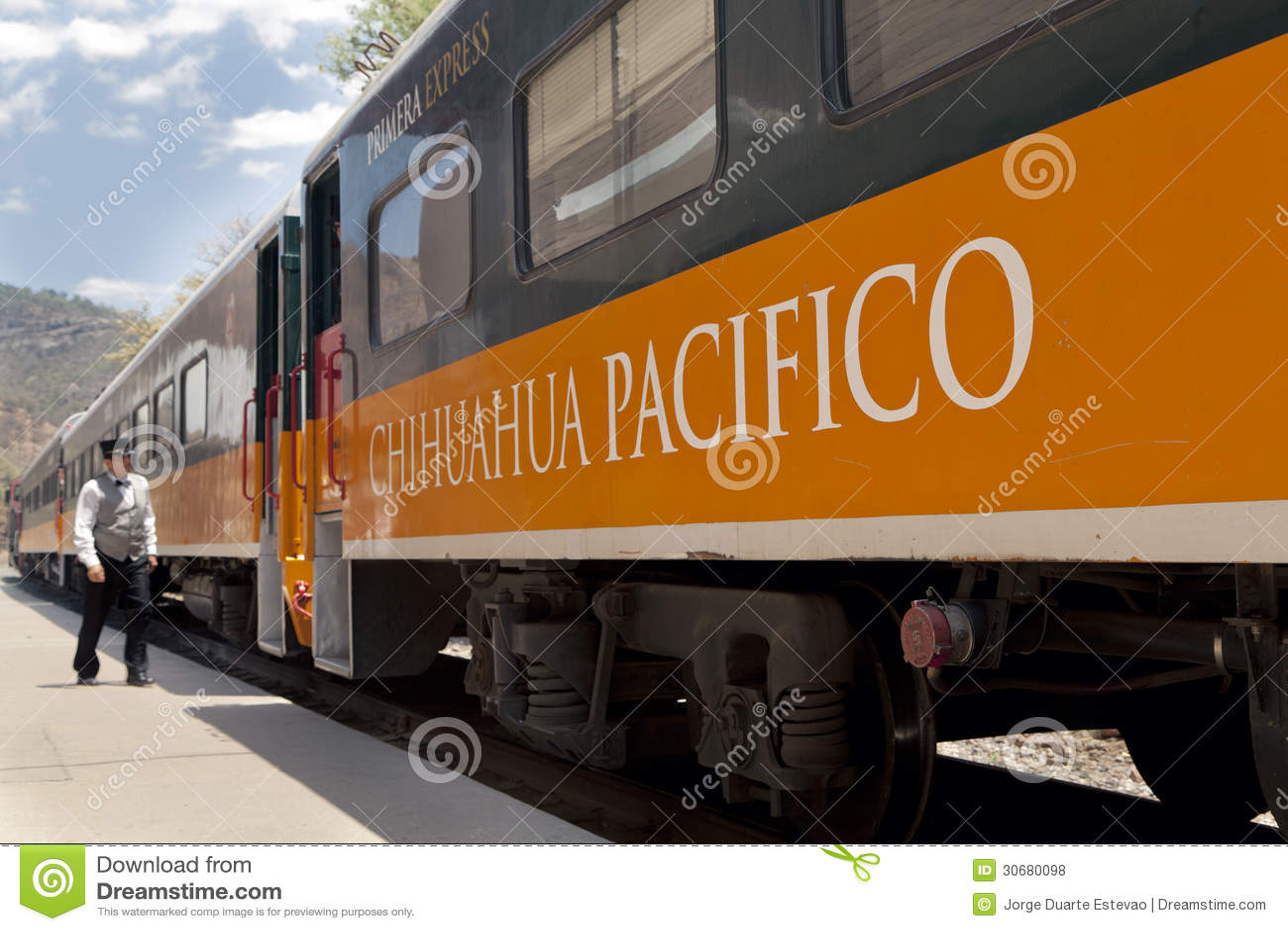 Train de cuivre de canyon, au Mexique