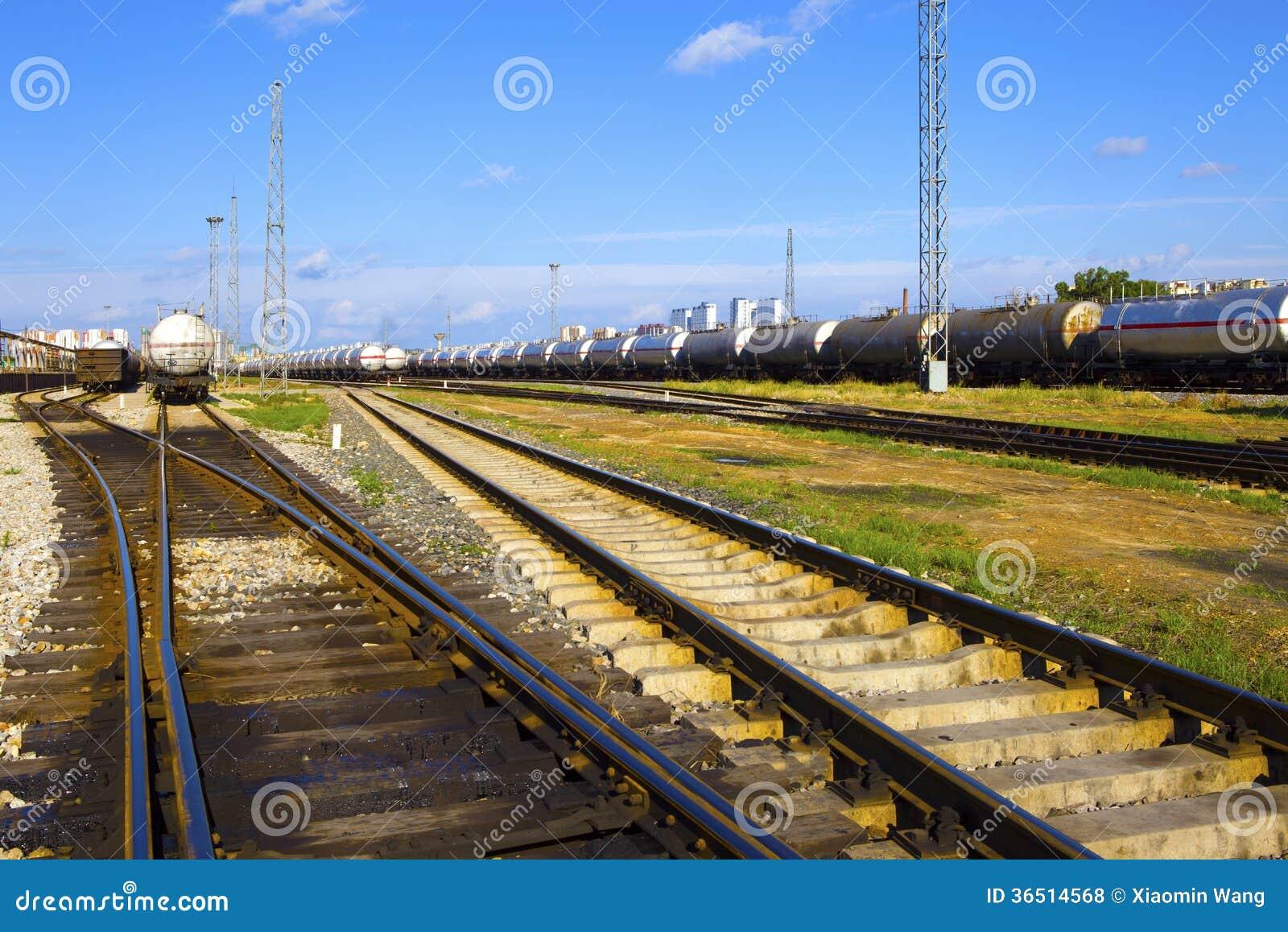 Train de réservoir de stockage de pétrole