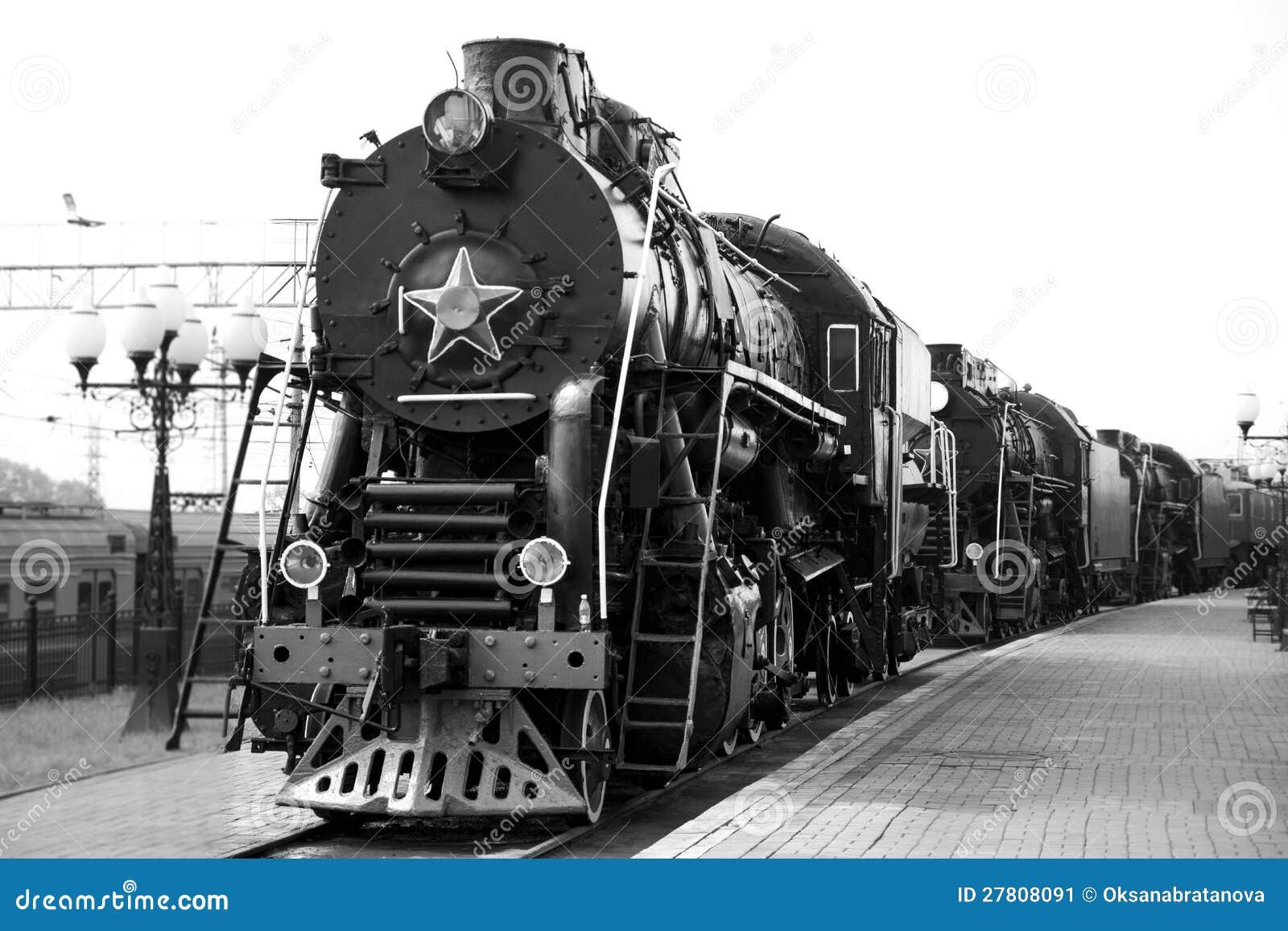train de vapeur noir et blanc image stock image 27808091. Black Bedroom Furniture Sets. Home Design Ideas
