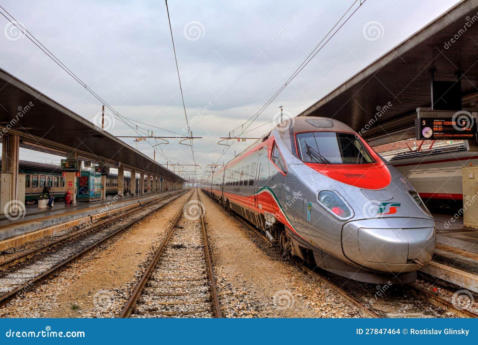 j k railway stations in venice - photo#30