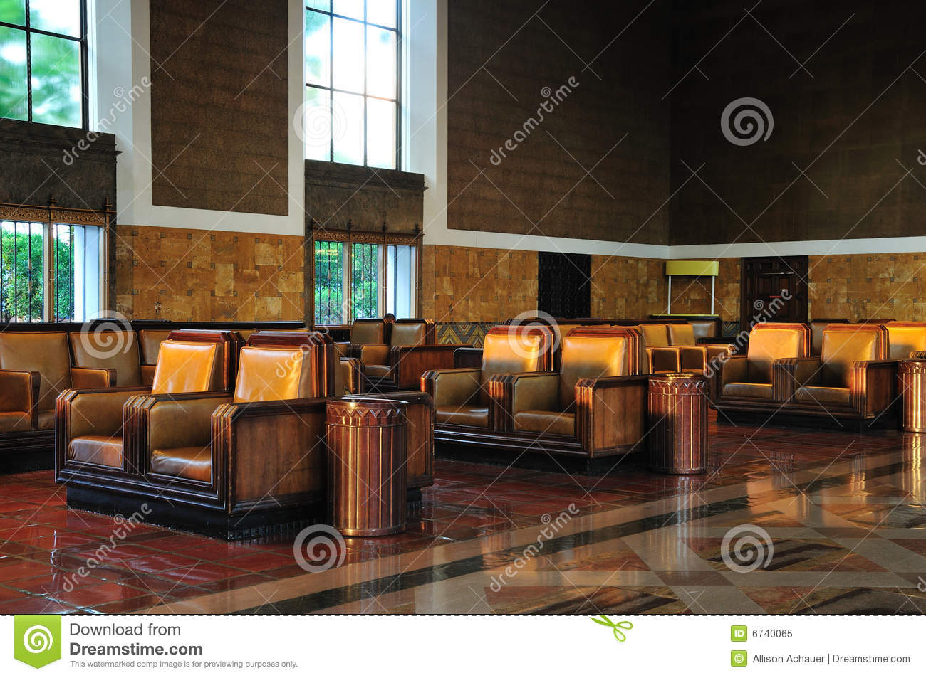 Train Station Waiting Room Stock Image Image Of High 6740065