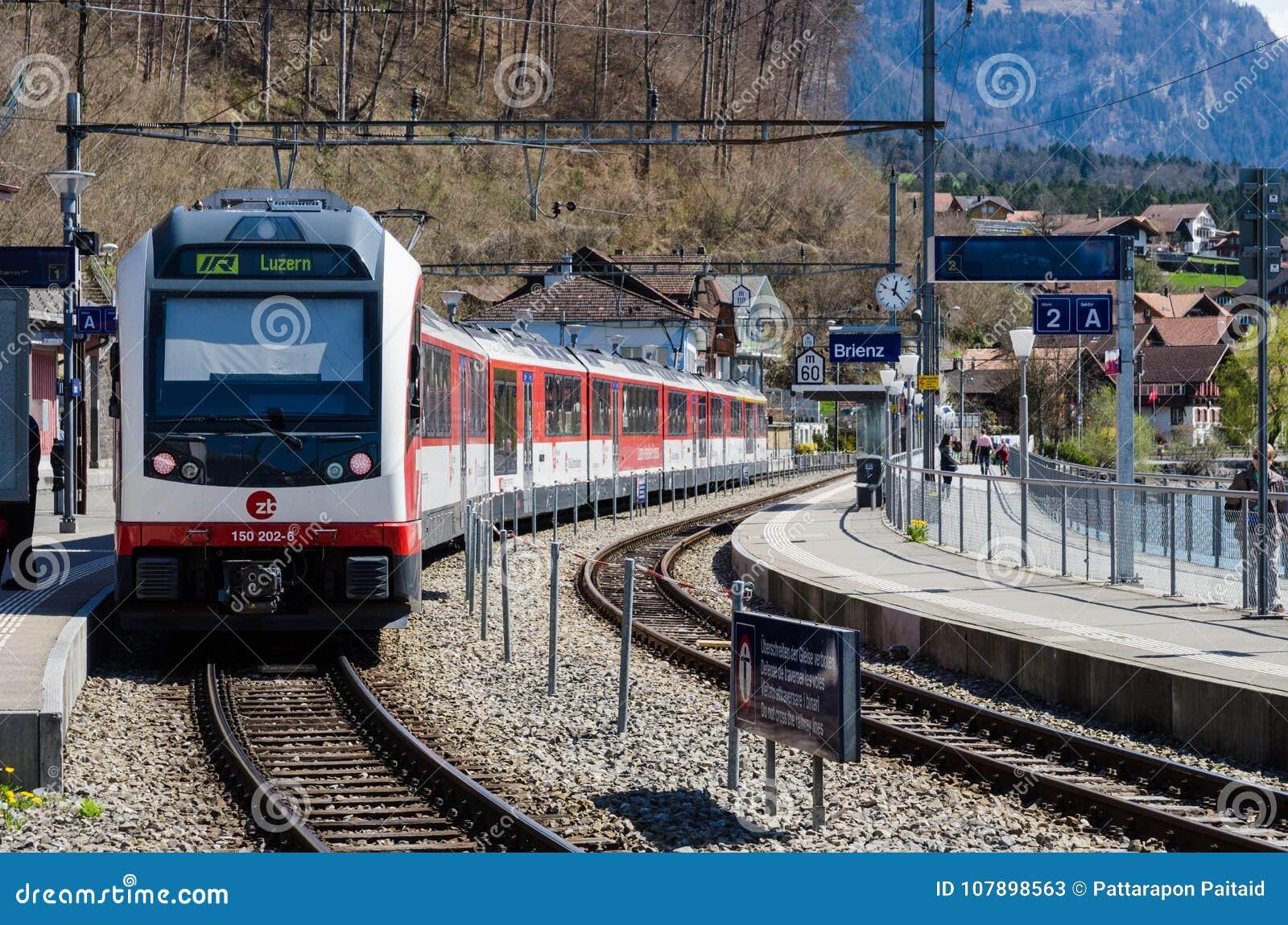 A train at Brienz station