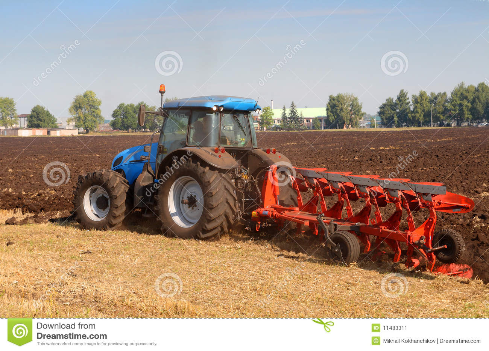 traktor mit pflug stockbild bild von stubble herbst 11483311. Black Bedroom Furniture Sets. Home Design Ideas