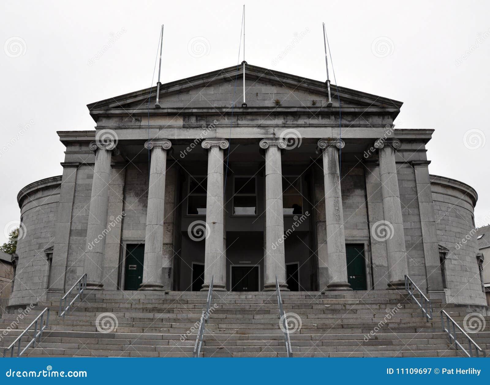 Tralee σπιτιών δικαστηρίων
