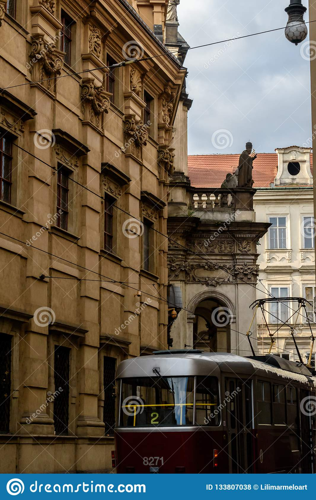 Tram à St Salvator Church, Prague - République Tchèque