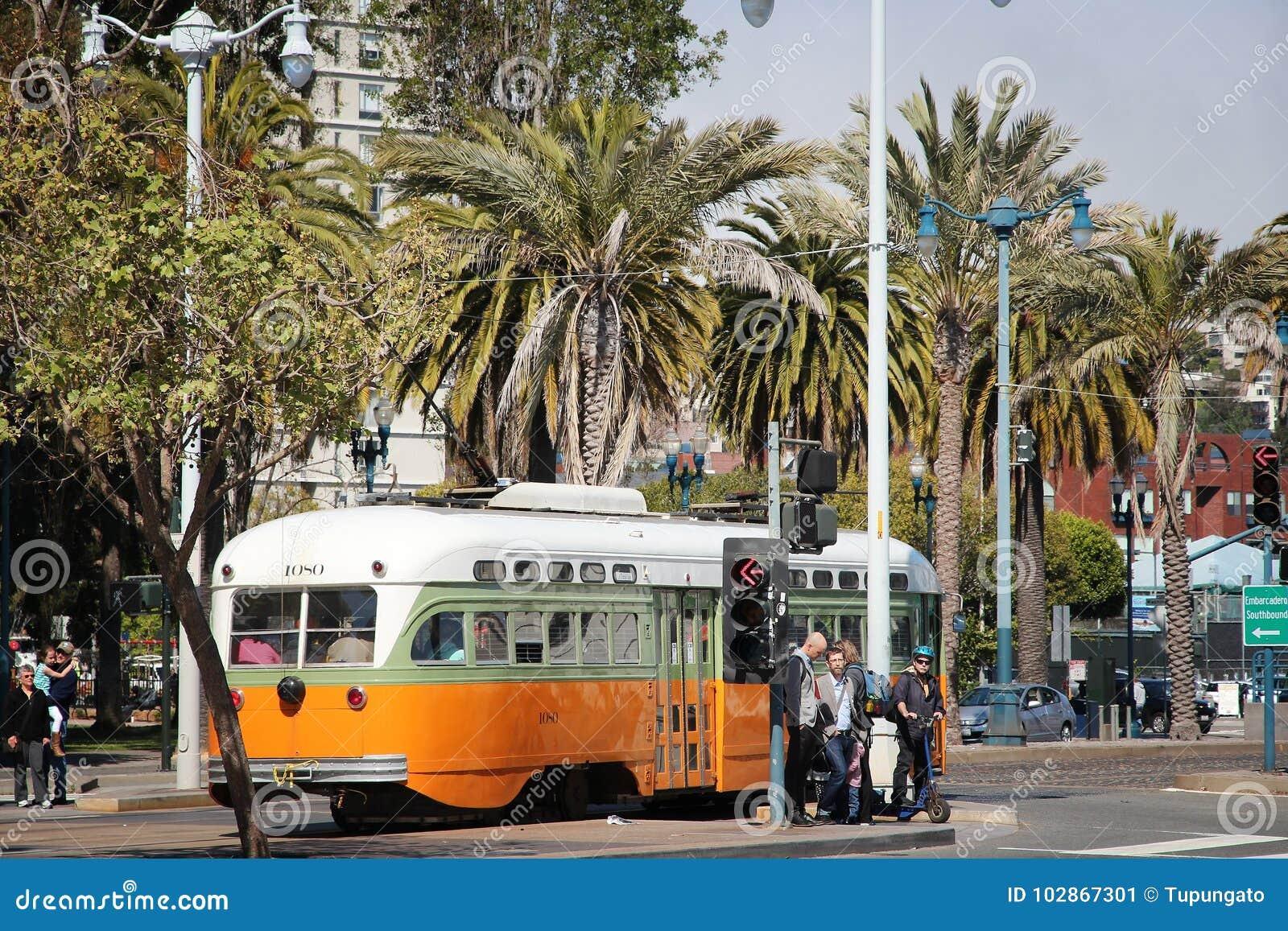 Tram d héritage de SF