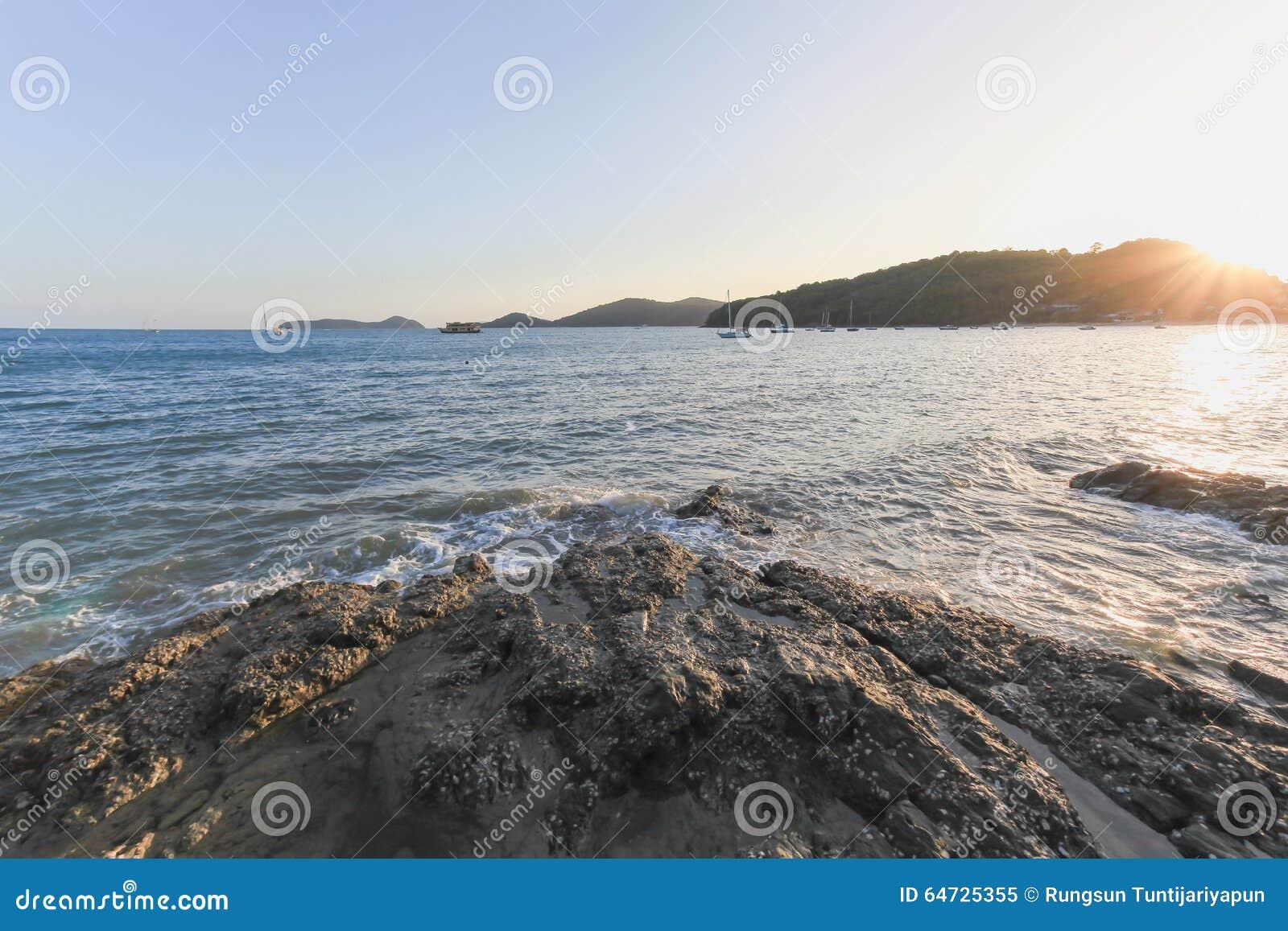 Tramonto al Ao Yon Beach
