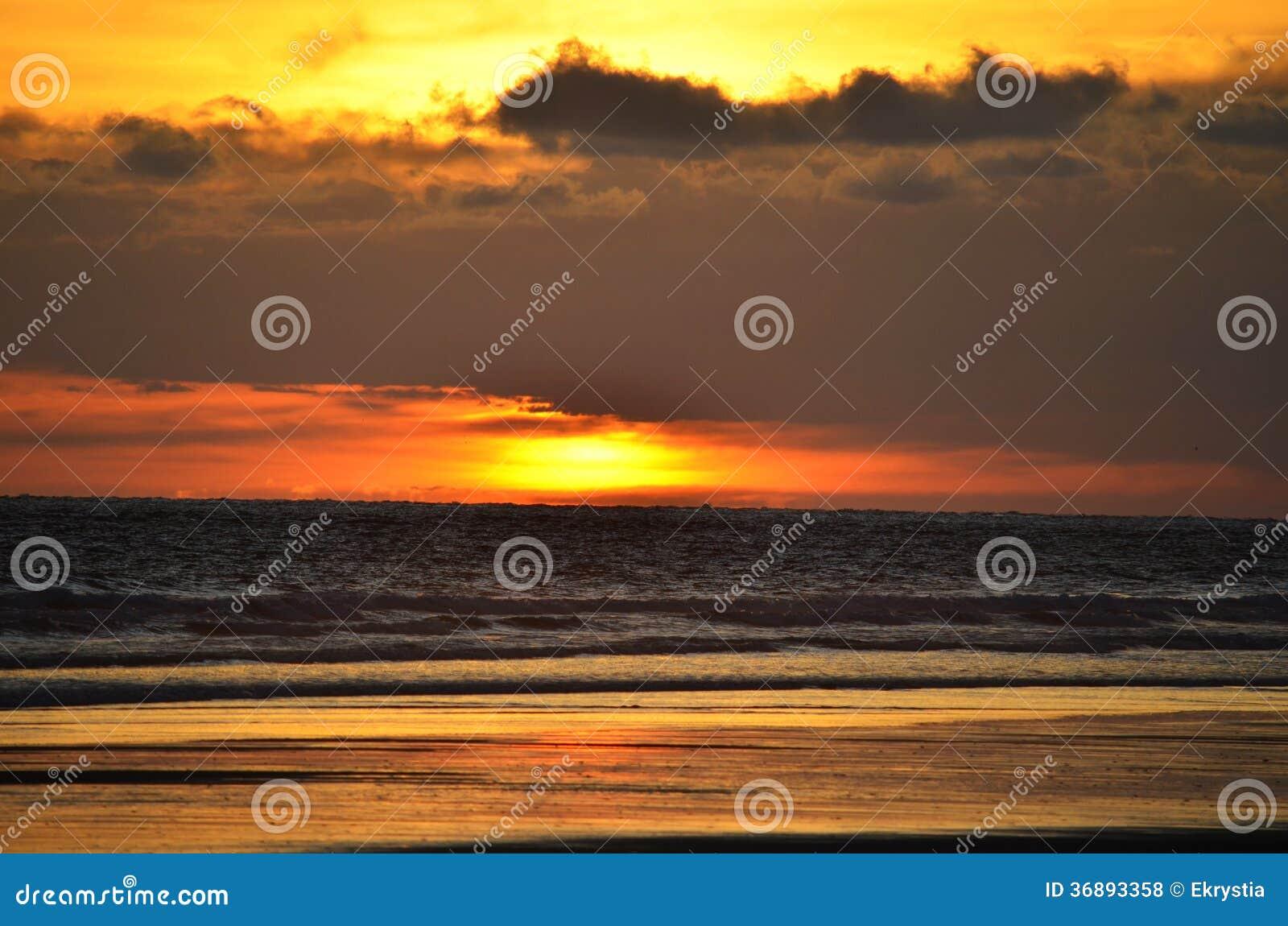 Download Tramonto Al EL Espino Di Playa Fotografia Stock - Immagine di centrale, background: 36893358
