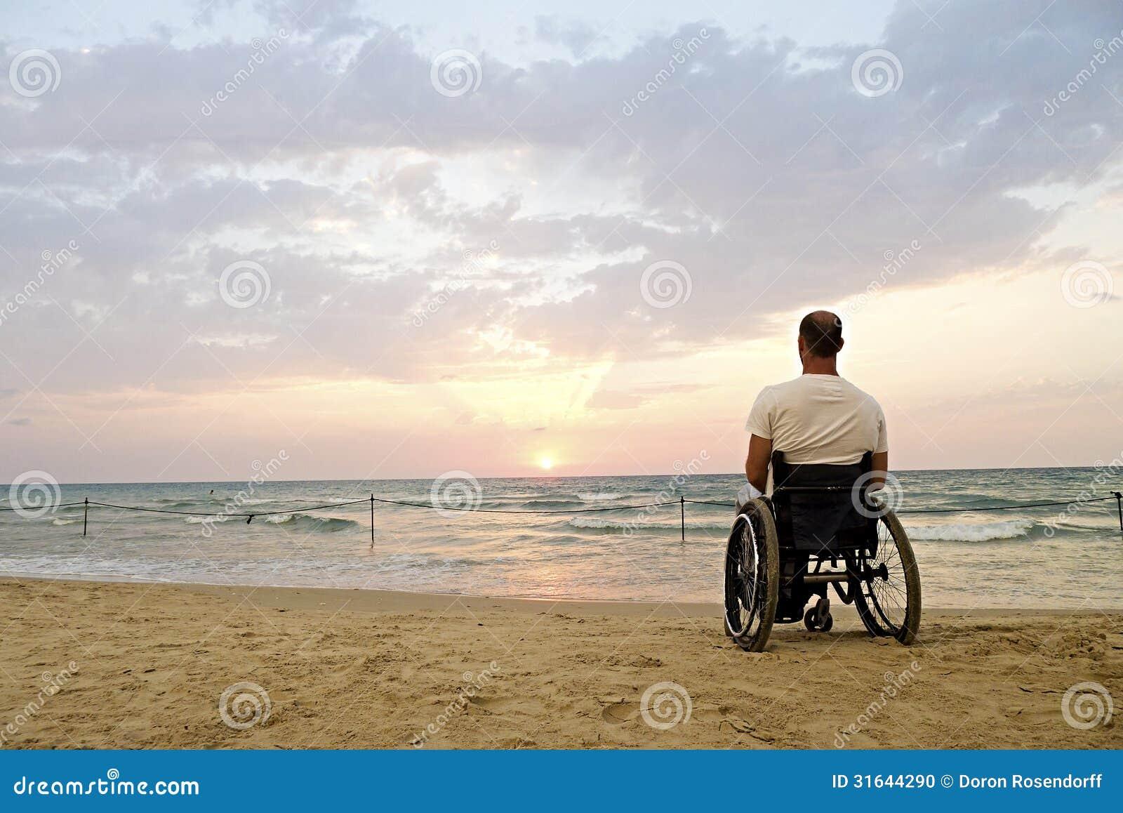 Tramonto della sedia a rotelle