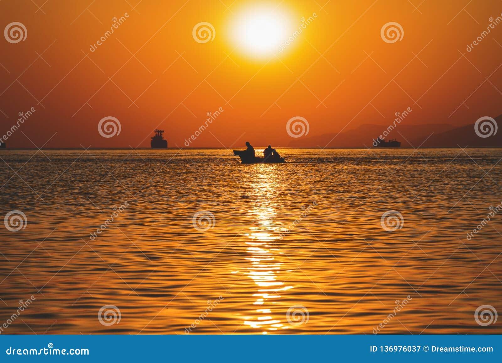 Tramonto di Buatiful nel mare