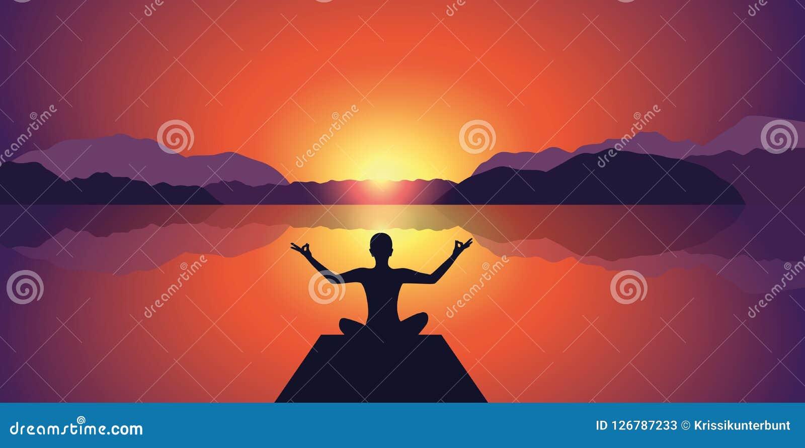 Tramonto pacifico della siluetta di meditazione al fondo delle montagne e del lago