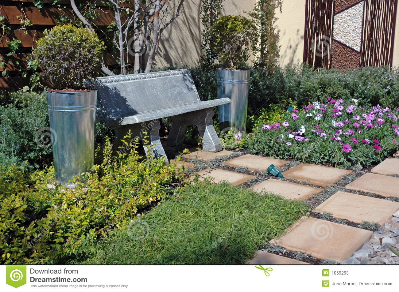 Tranquil Garden Scene Stock Photos Image 1059263