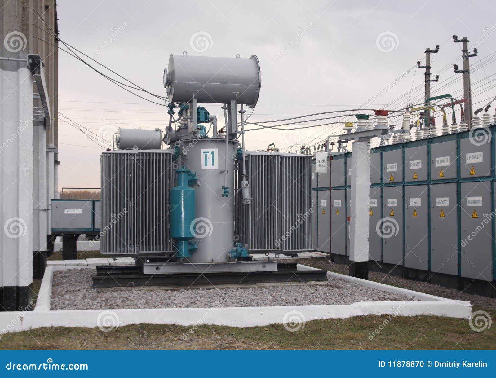 Transformador de potencia foto de archivo imagen 11878870 - Transformador electrico precio ...