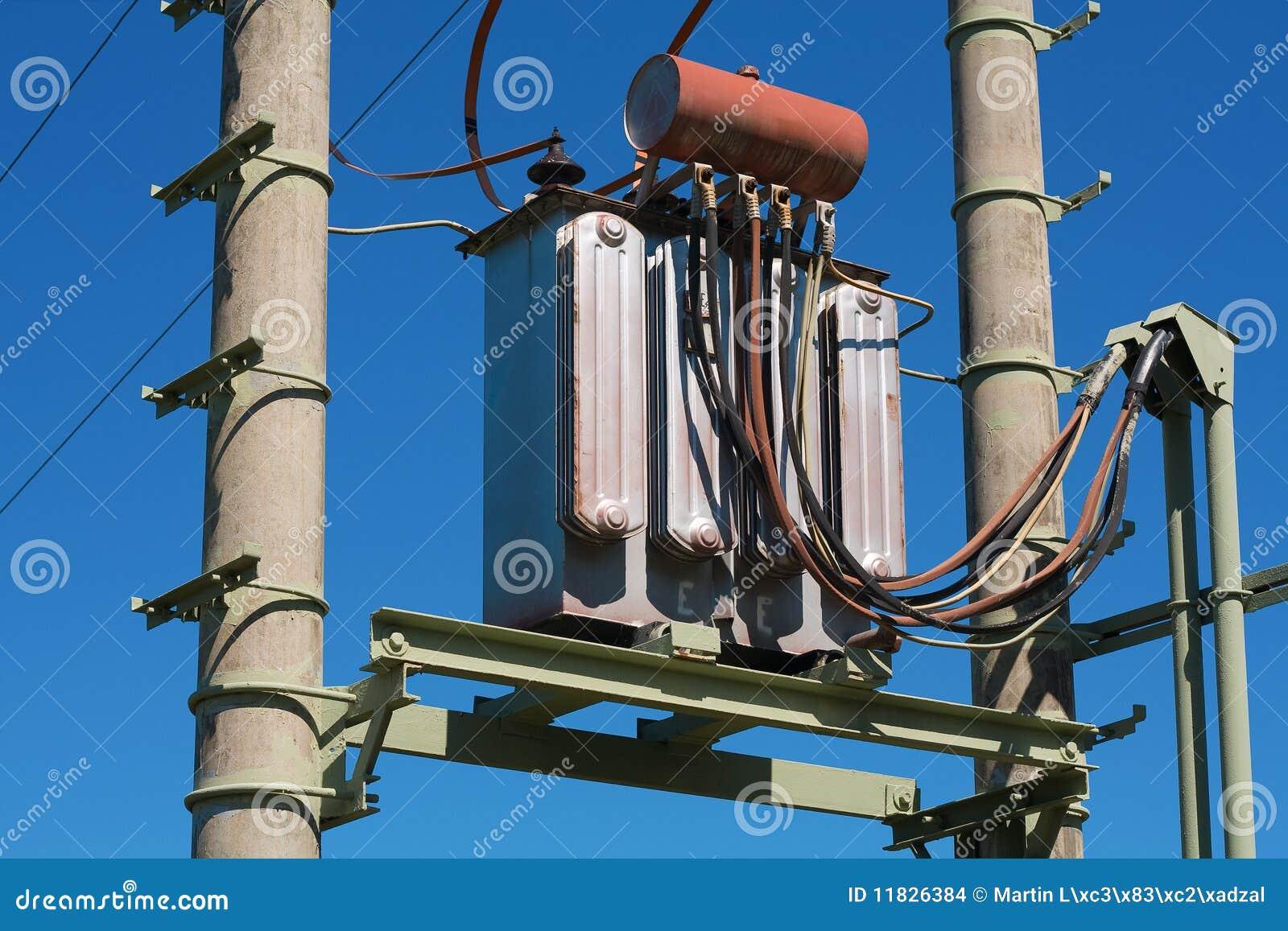 Transformador el ctrico foto de archivo imagen de grande - Transformador electrico precio ...