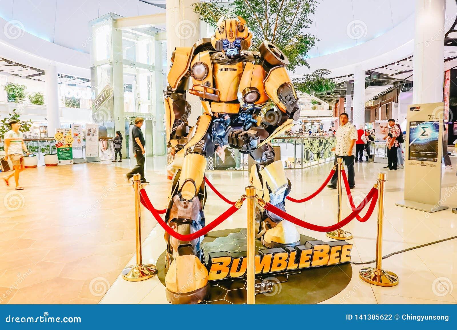 TransformatorAutobot humla som främjar spelfilmfilm på teatern