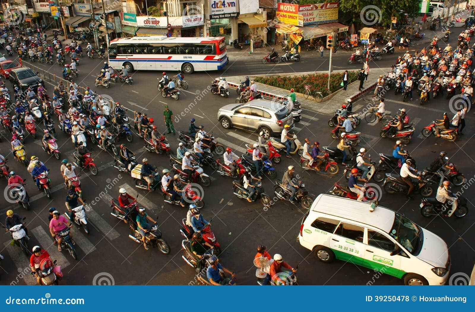 Transport de citoyen en des motos, Vietnam