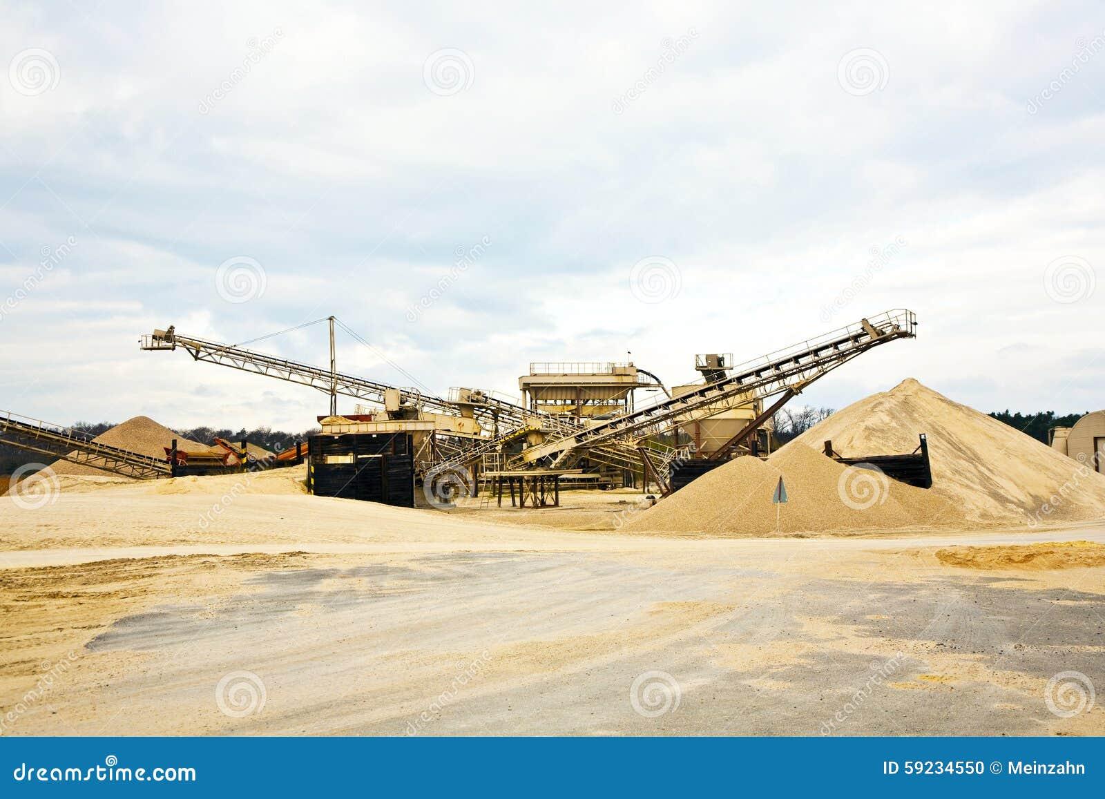 Download Transportador En Sitio En El Hueco De Grava Foto de archivo - Imagen de diesel, edificio: 59234550