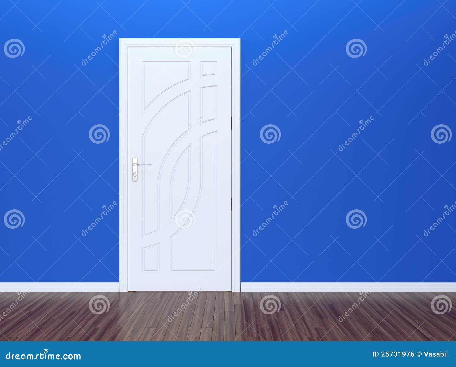 Trappe blanche et mur bleu