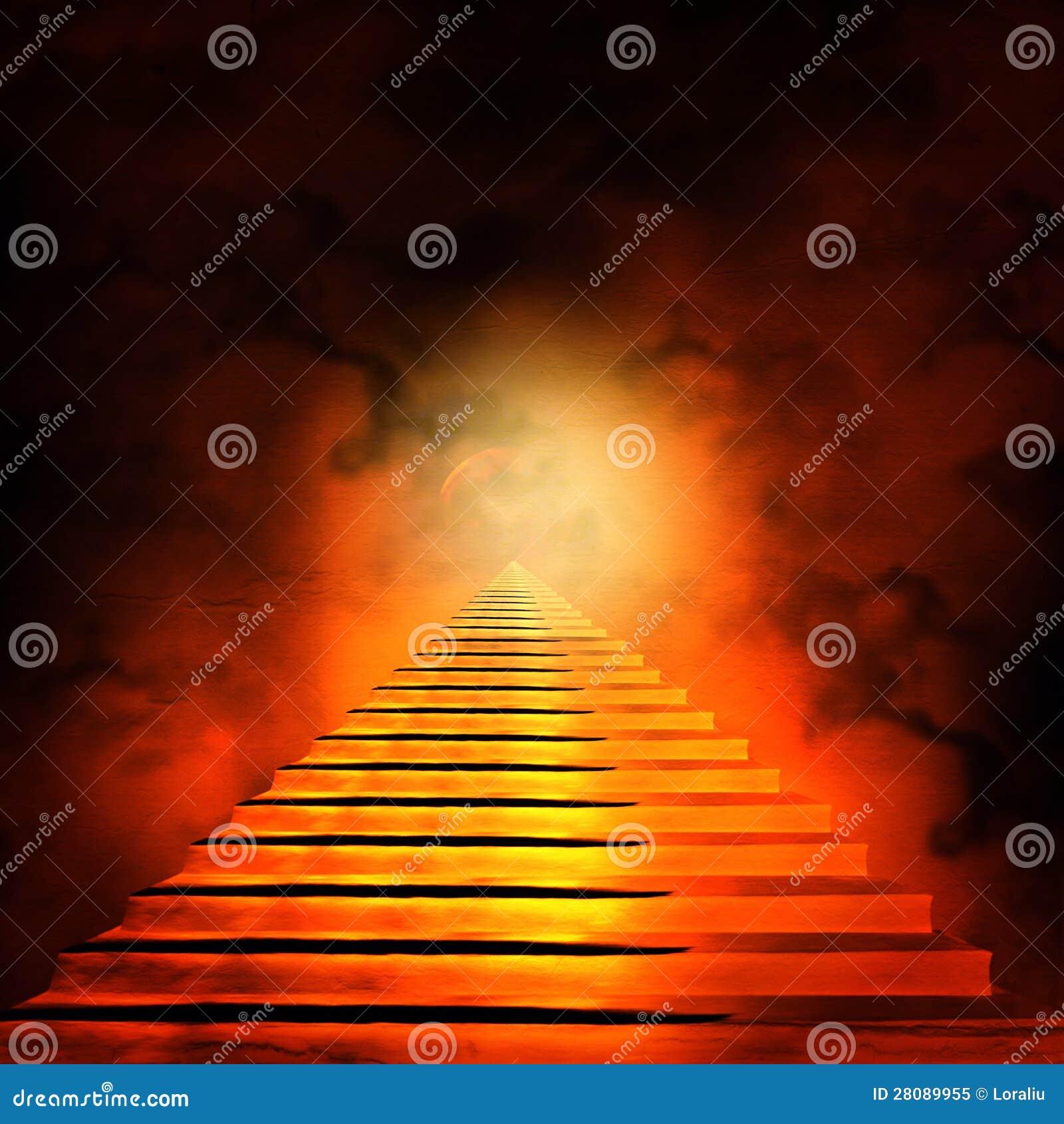 Trappuppgång som leder till himmel eller helvete