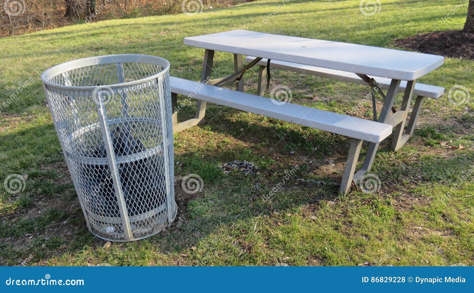 Trash Can U0026 Picnic Table