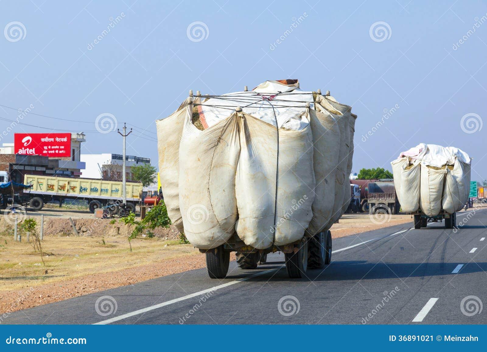 Download Trasporto Stradale In India Fotografia Editoriale - Immagine di agricoltura, pesante: 36891021