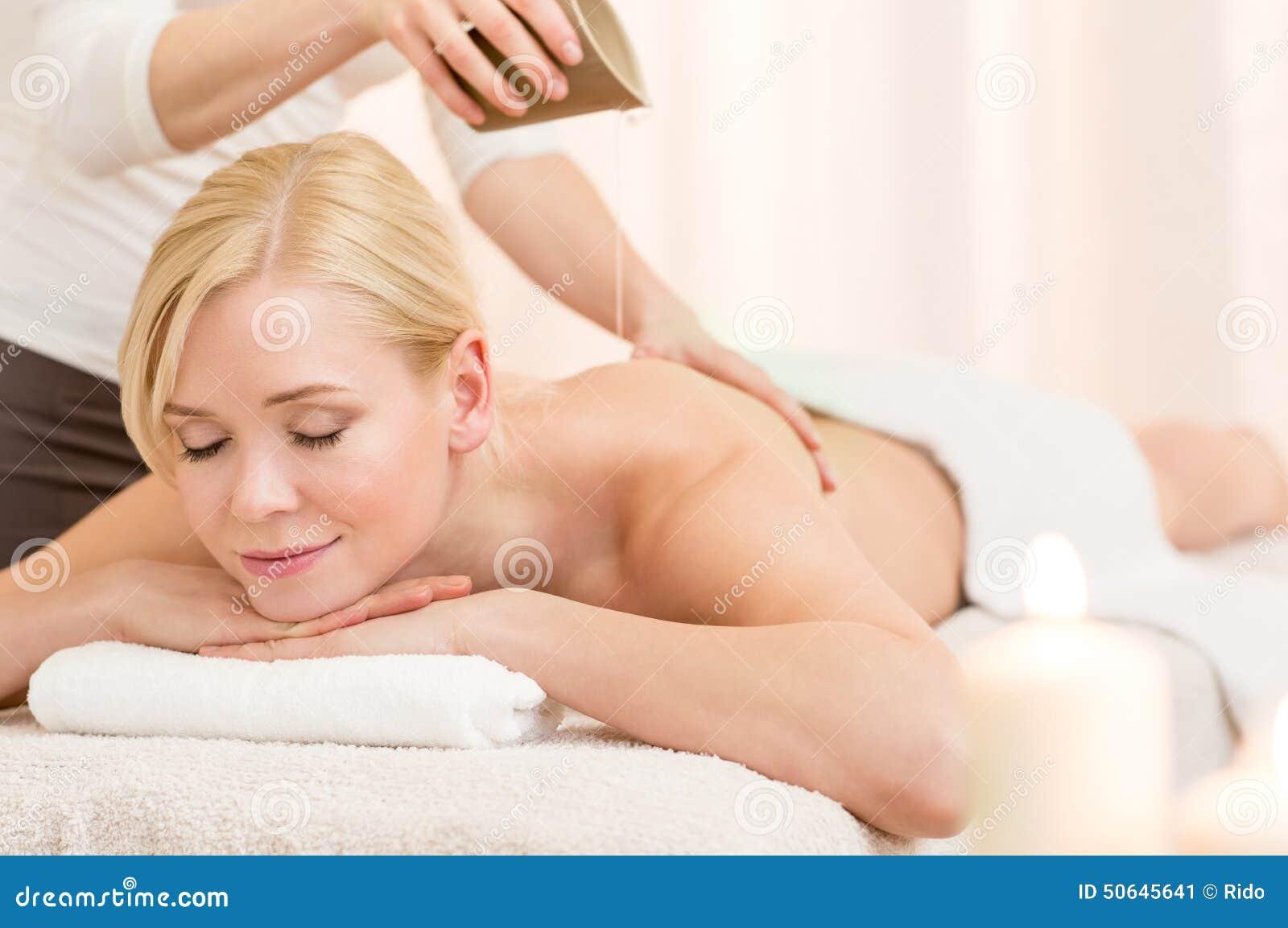 Tratamiento del cuerpo con aceite