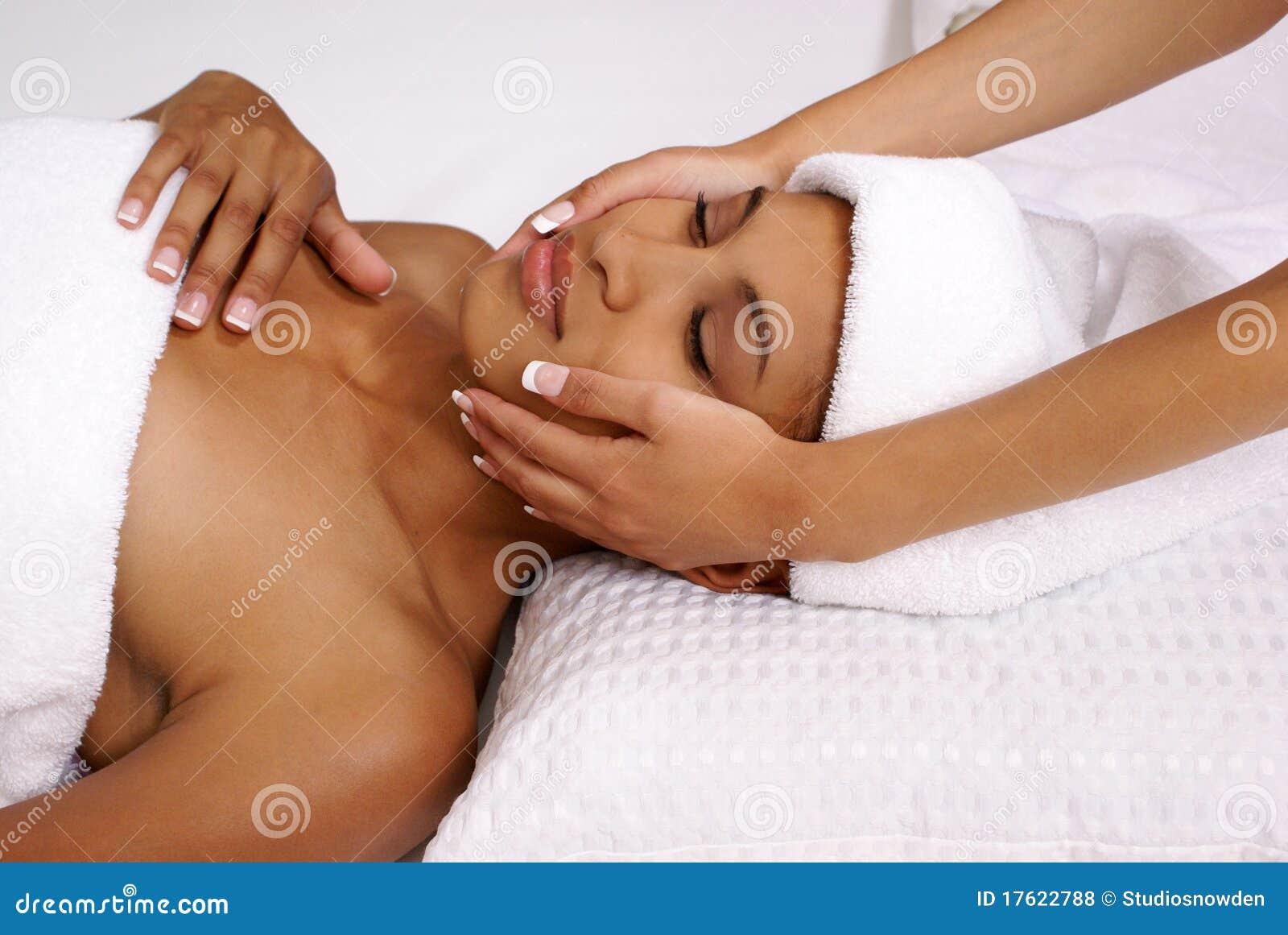 Tratamiento del facial del balneario