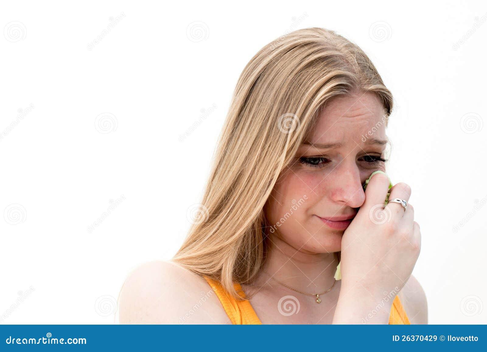 Traurige Frau mit Geweben