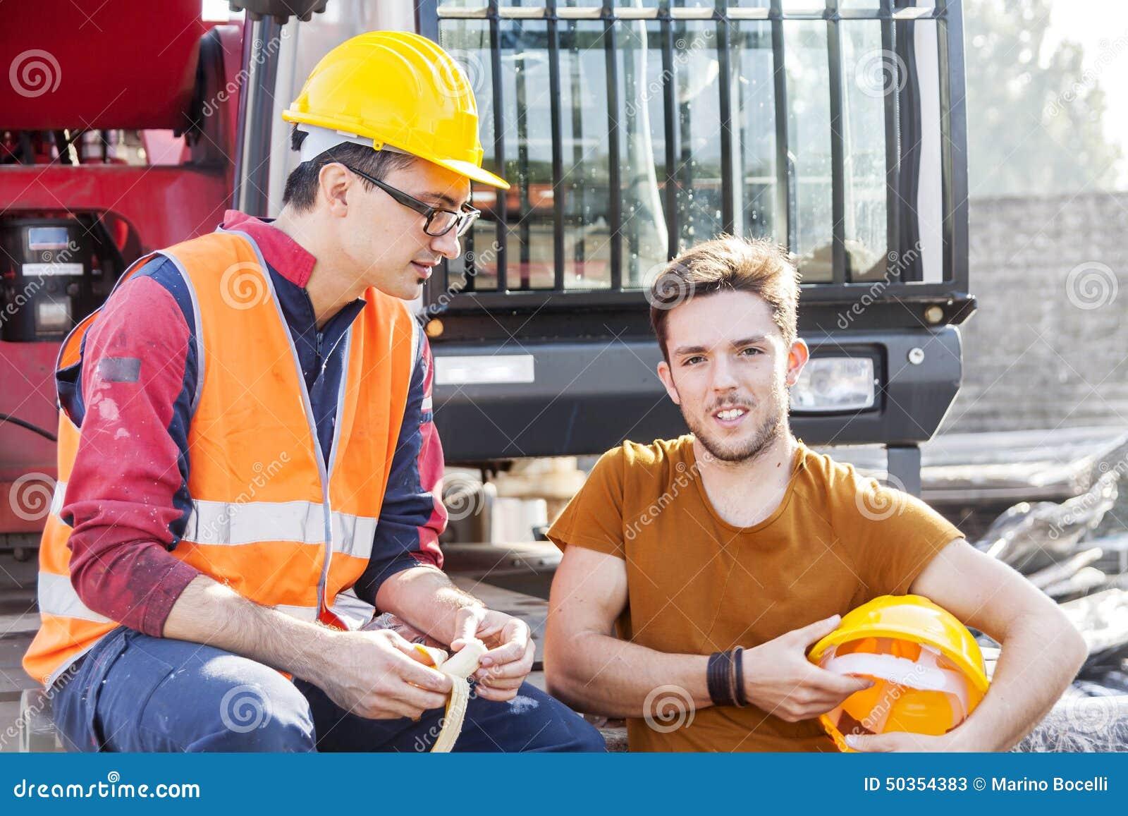 Travailleurs dans une pause
