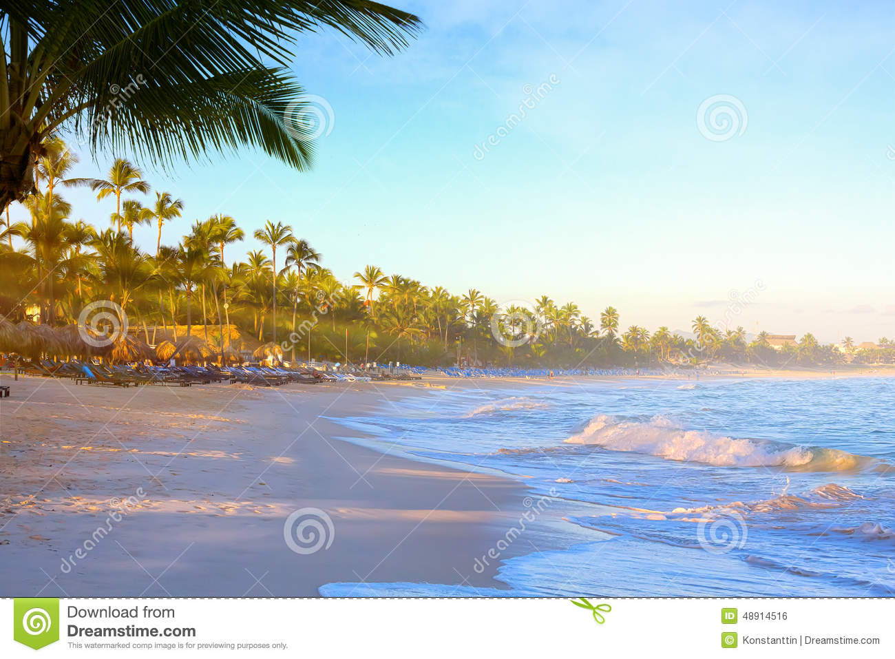 Travel destinations stock photo image 48914516 for Tropical vacation places in the us