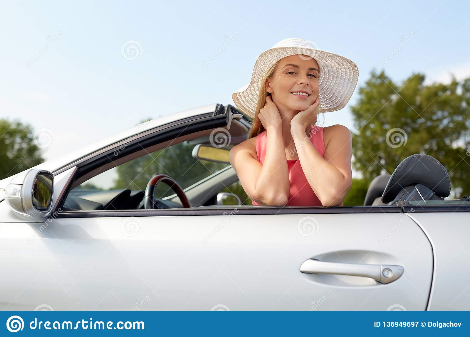 d8da23c5c8407 Happy Young Woman In Convertible Car Stock Image - Image of concept ...