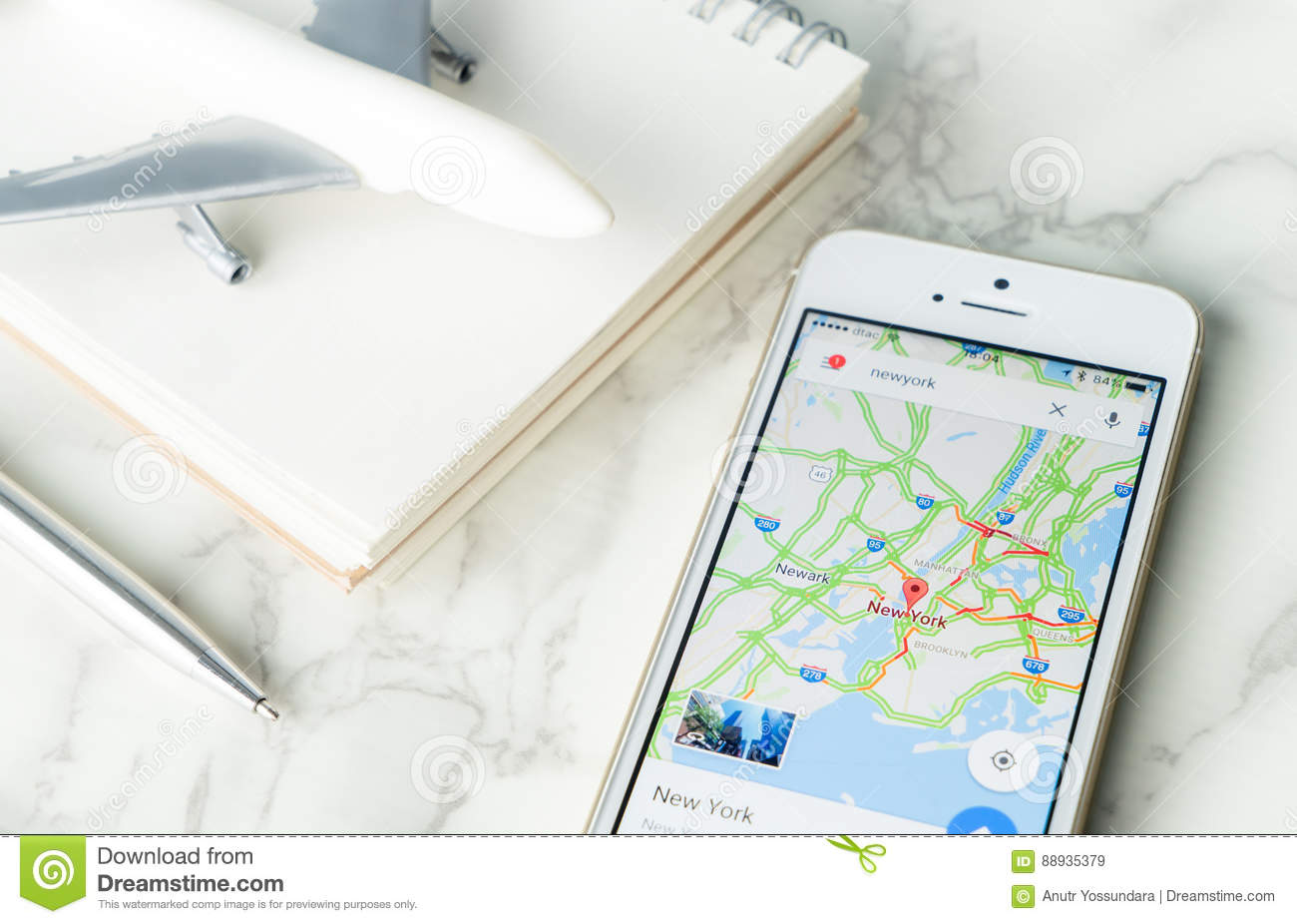Traveler Is Planing His Vacation Travel Using Google Map - Download nyc google map