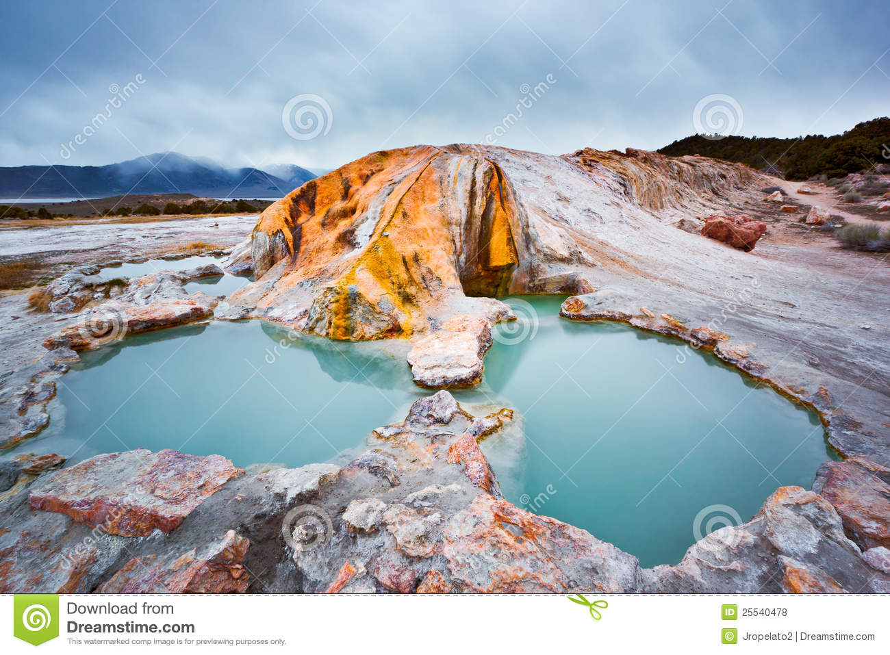 Travertine hot springs outside Bridgeport California along famous ...