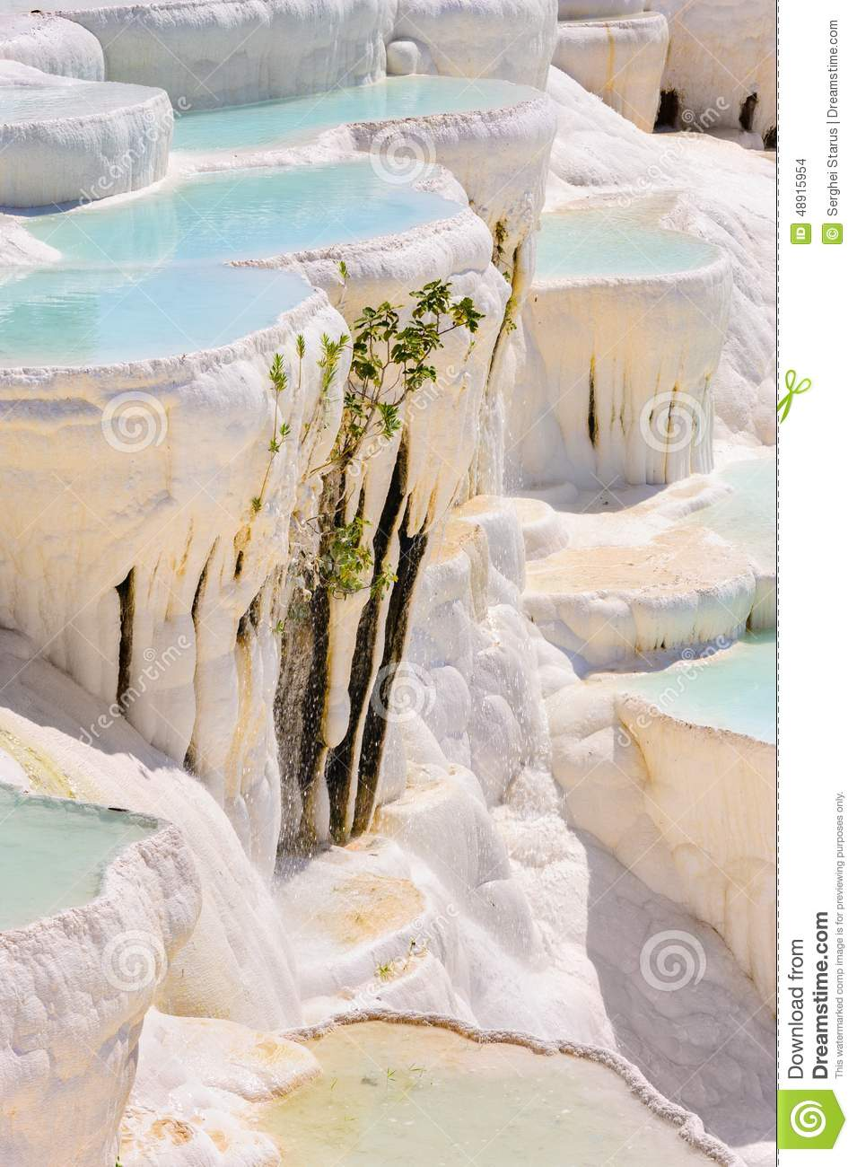Travertine Pools And Terraces In Pamukkale, Turkey Stock ...