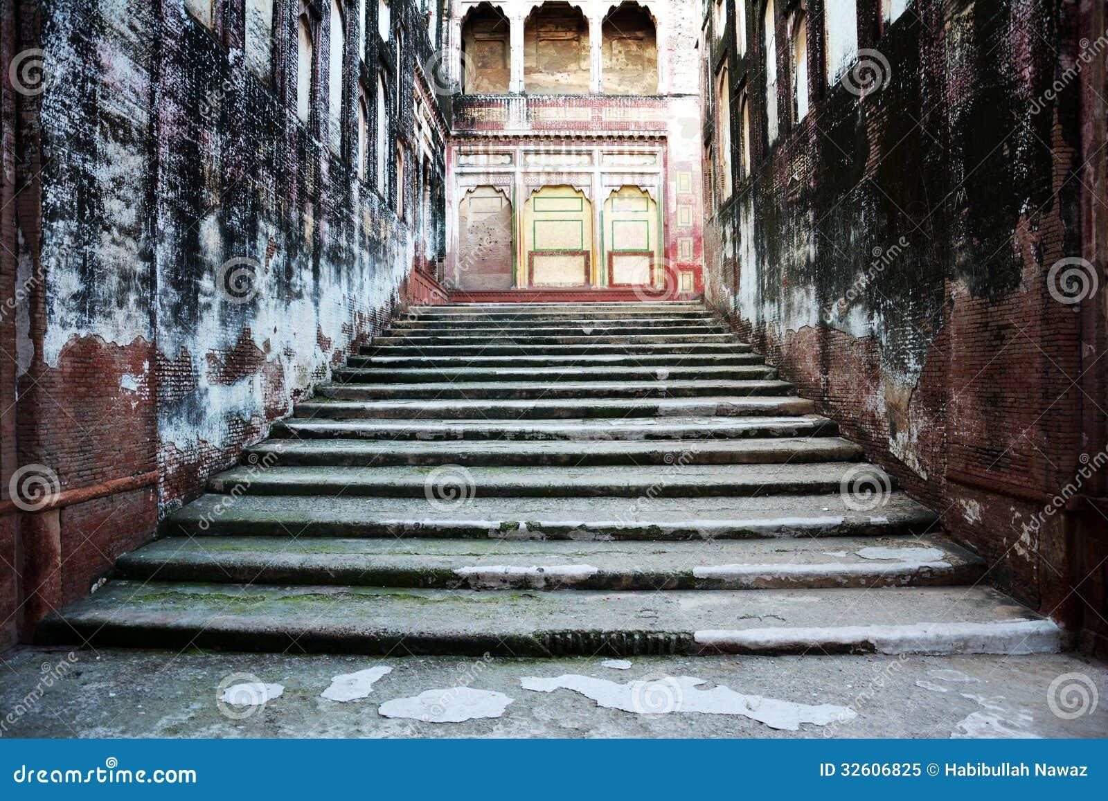 Trayectoria del elefante - escaleras