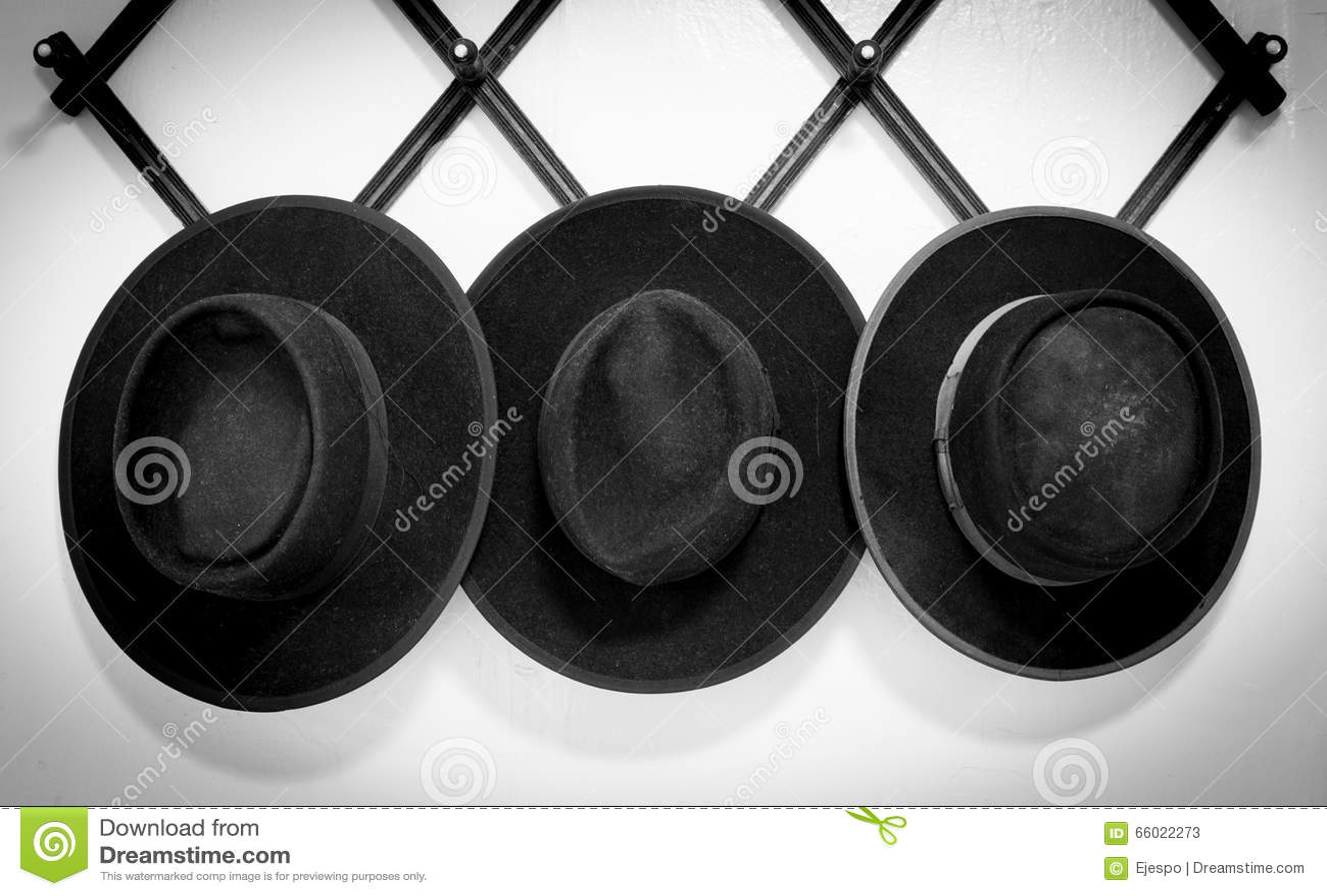 Tre cappelli di Amish
