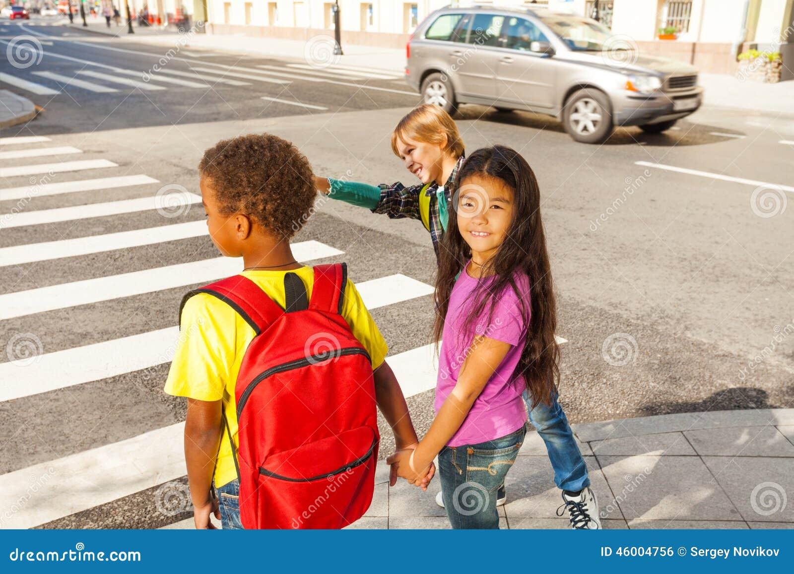 Tre internationella ungar som är klara att korsa vägen