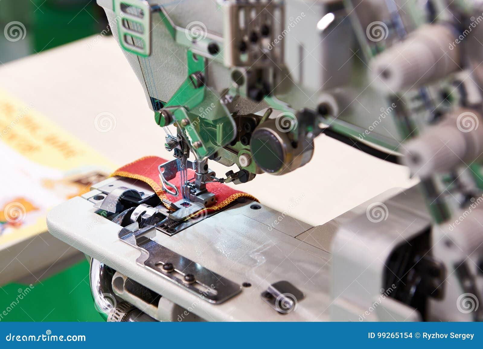Tre trådd industriell symaskin för visare fem av plan säng