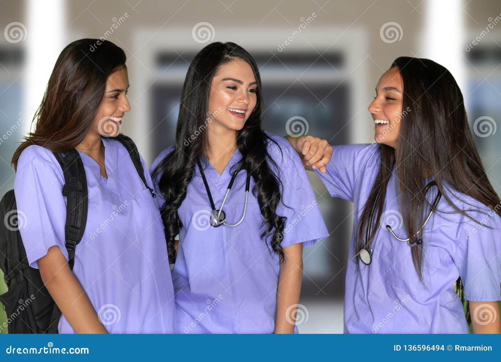 Tre vårda studenter