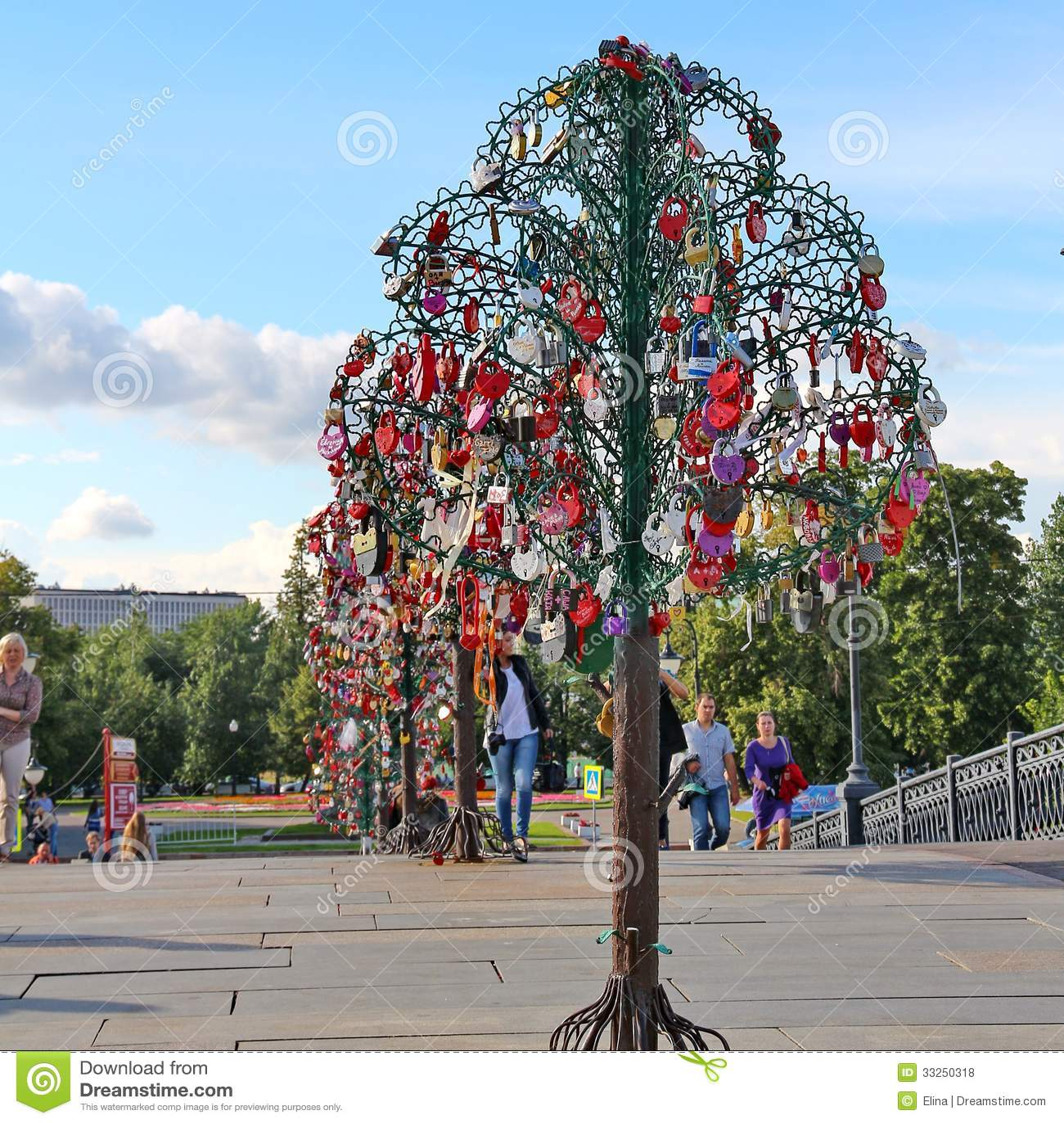 Tree Of Love Editorial Stock Photo Image 33250318