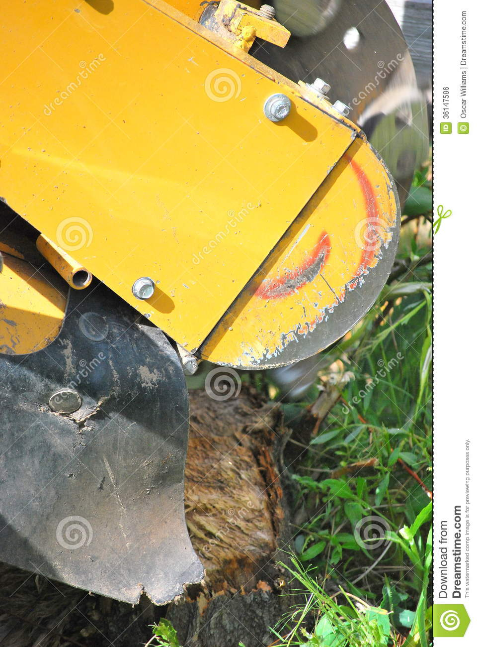 stump remover machine